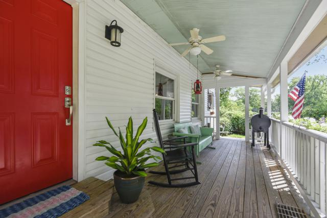 452 Riverland Drive, Charleston, SC 29412 (#19018318) :: The Cassina Group