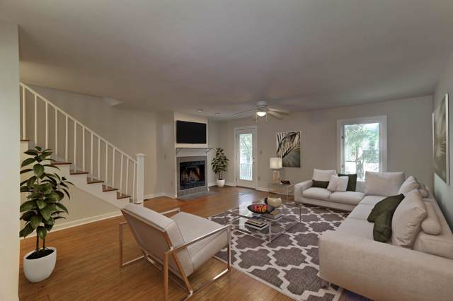 17 Ascot Alley, Charleston, SC 29401 (#19026467) :: The Cassina Group