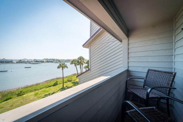 15 Mariners Cay Drive, Folly Beach, SC 29439 (#20013070) :: Realty One Group Coastal