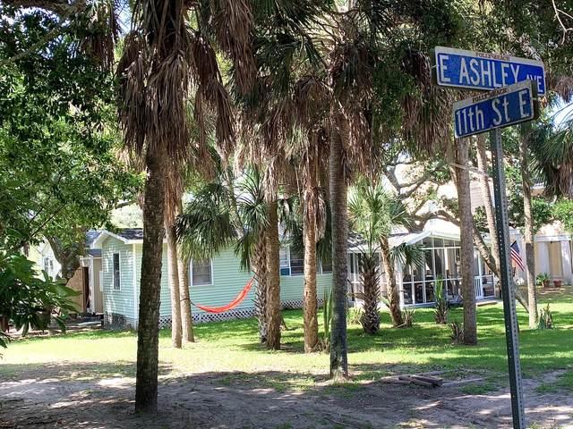 1102 E Ashley Avenue, Folly Beach, SC 29439 (#20017850) :: The Cassina Group