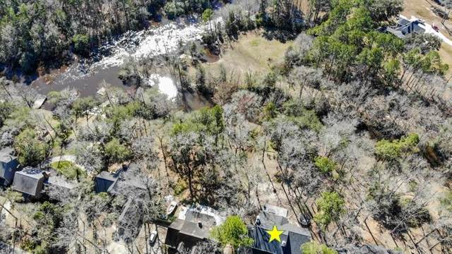 402 Lakeview Drive, Summerville, SC 29485 (#21005218) :: Realty ONE Group Coastal