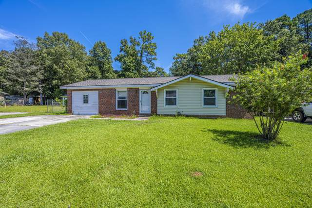 106 Pine Court, Summerville, SC 29486 (#21020332) :: Flanagan Home Team