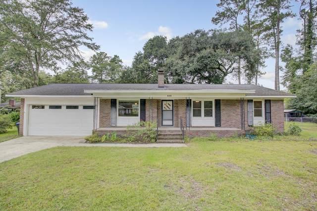 512 Dogwood Circle, Summerville, SC 29485 (#21027386) :: Flanagan Home Team