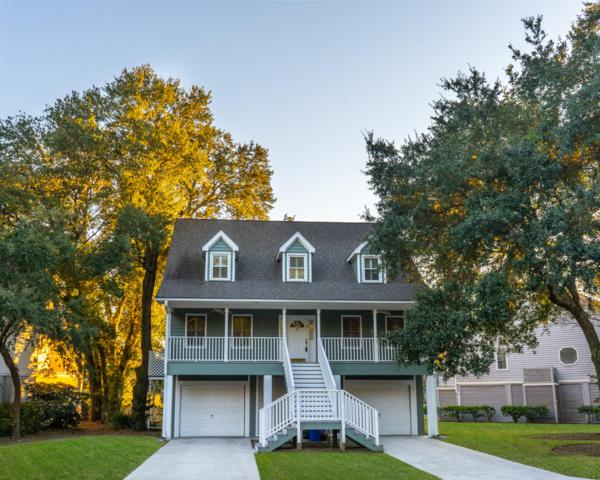1555 Fiddlers Marsh Drive, Mount Pleasant, SC 29464 (#18031394) :: The Cassina Group