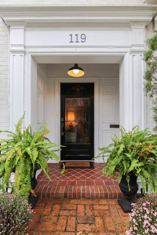 119 Rutledge Avenue, Charleston, SC 29401 (#19027823) :: The Cassina Group