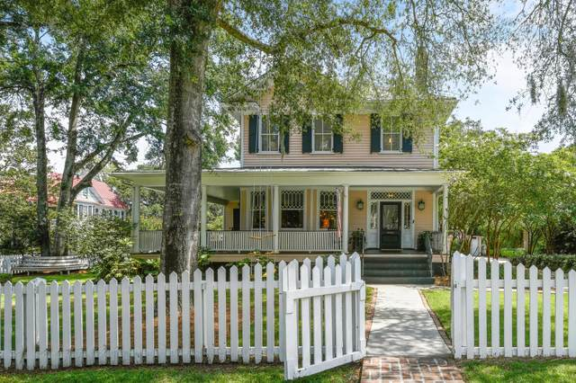 202 Bennett Street, Mount Pleasant, SC 29464 (#20017883) :: The Cassina Group