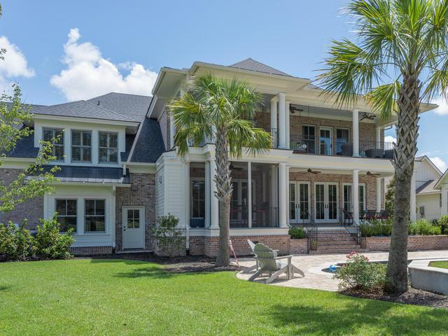 183 Ithecaw Creek Street, Charleston, SC 29492 (#16022374) :: The Cassina Group
