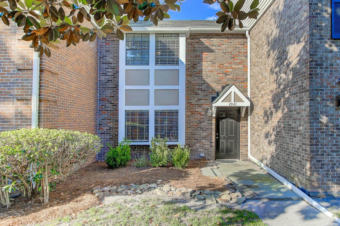 2921 Barrington Lane, Charleston, SC 29414 (#17013214) :: The Cassina Group