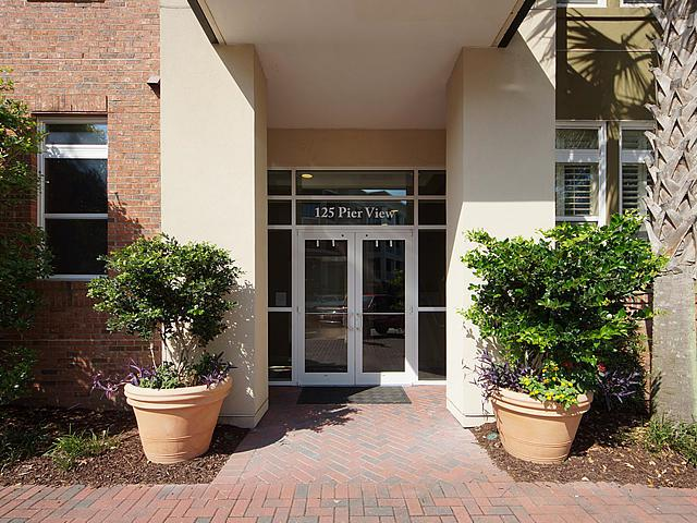125 Pier View Street #302, Daniel Island, SC 29492 (#17020616) :: The Cassina Group
