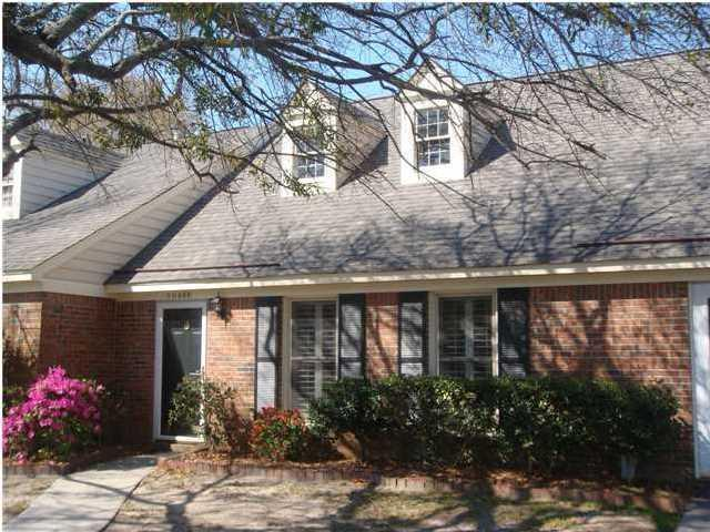 1049 Provincial Circle B, Mount Pleasant, SC 29464 (#17020987) :: The Cassina Group