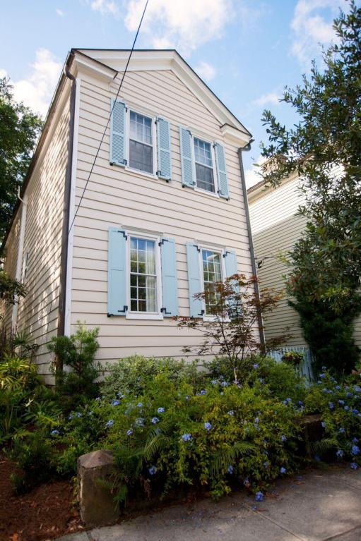 61 Warren Street, Charleston, SC 29403 (#17021066) :: The Cassina Group