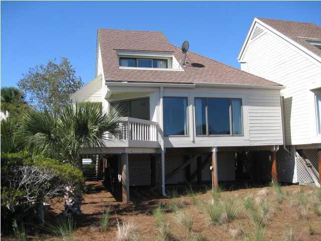 725 Spinnaker Beach House, Seabrook Island, SC 29455 (#17030629) :: The Cassina Group