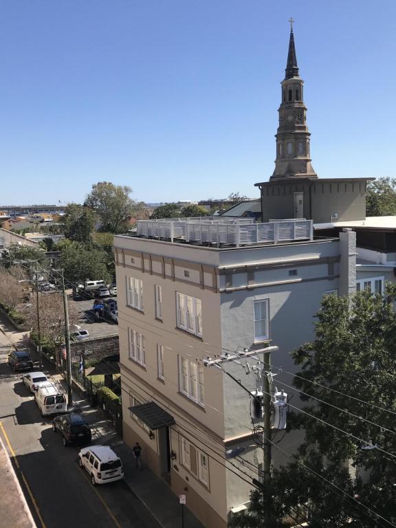 85 Cumberland Street #4, Charleston, SC 29401 (#17031695) :: The Cassina Group