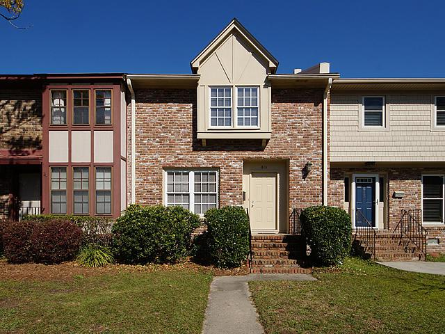 613 Williamson Drive, Mount Pleasant, SC 29464 (#18007024) :: The Cassina Group