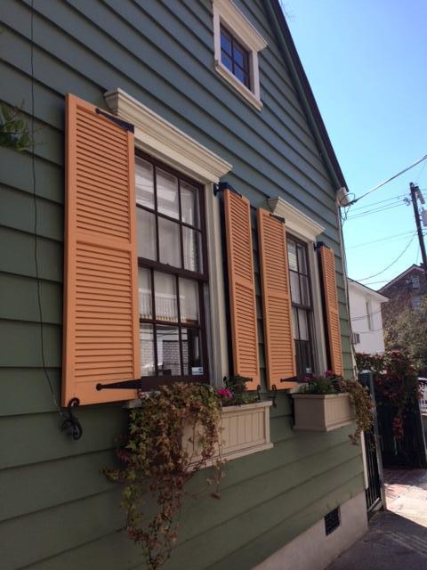 19 West Street, Charleston, SC 29401 (#18007121) :: The Cassina Group