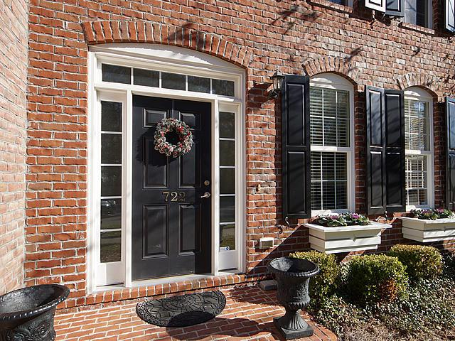 722 Certificate Court, Charleston, SC 29414 (#18007669) :: The Cassina Group