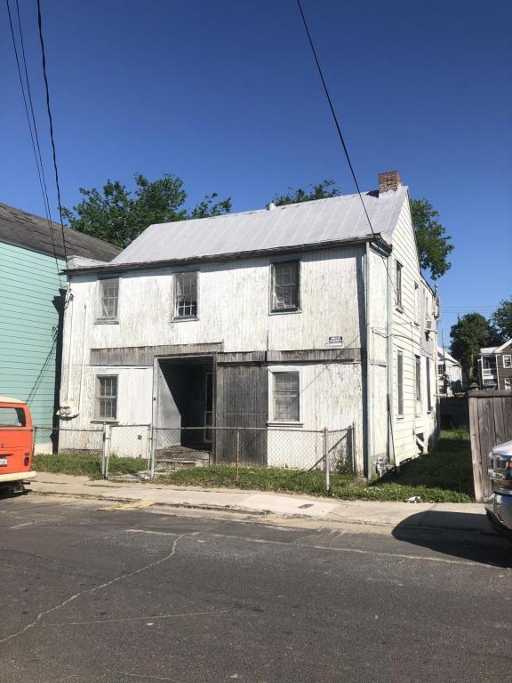 36 South Street, Charleston, SC 29403 (#18010923) :: The Cassina Group