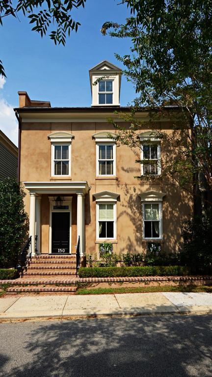 150 Ionsborough Street, Mount Pleasant, SC 29464 (#18020400) :: The Cassina Group