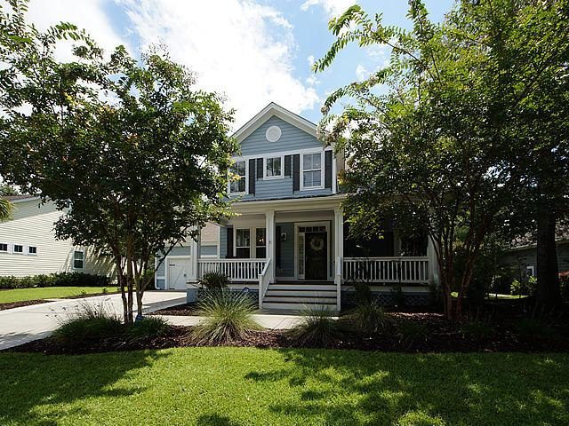 1851 Hall Point Road, Mount Pleasant, SC 29466 (#18022384) :: The Cassina Group