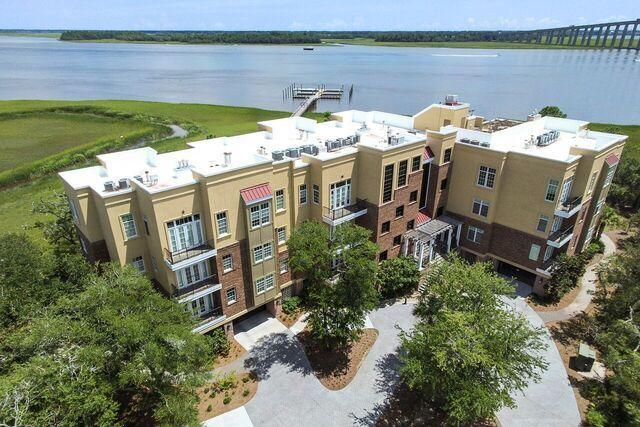 134 Fairbanks Oak Alley #301, Charleston, SC 29492 (#18022814) :: The Cassina Group