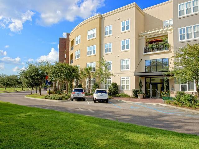 200 River Landing Drive B301, Charleston, SC 29492 (#18023155) :: The Cassina Group
