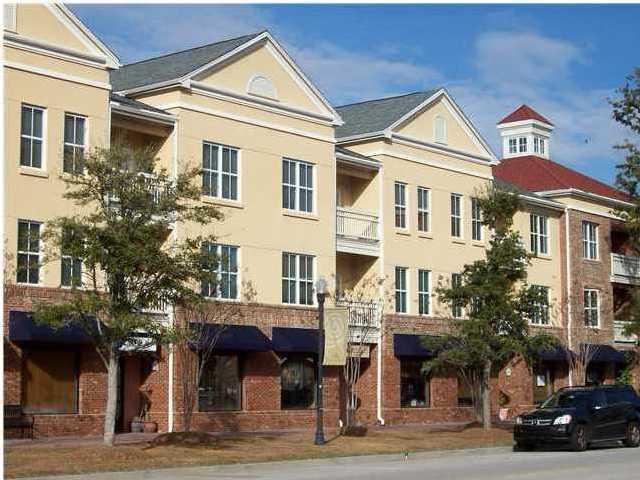280 Seven Farms Drive #302, Charleston, SC 29492 (#18027767) :: The Cassina Group