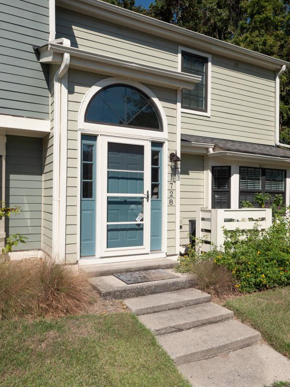 1728 Villa Maison, Mount Pleasant, SC 29464 (#18028167) :: The Cassina Group