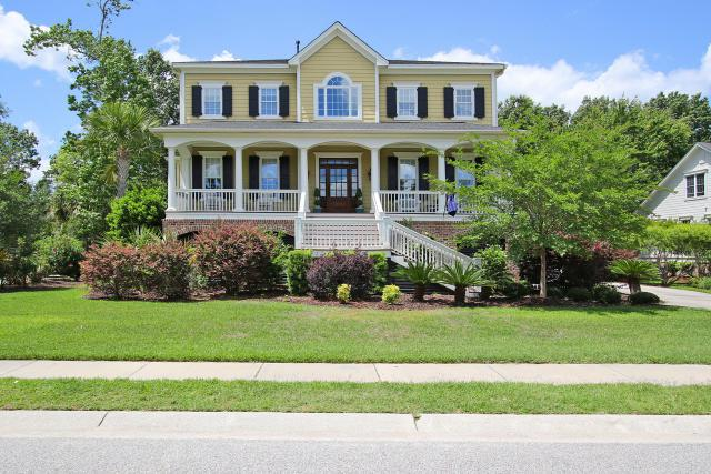 2113 Beckenham Drive, Mount Pleasant, SC 29466 (#18030424) :: The Cassina Group