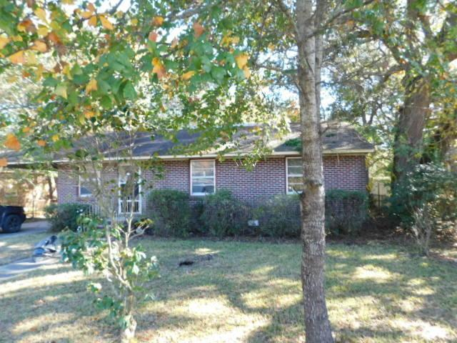 2697 Louise Drive, North Charleston, SC 29405 (#18033021) :: The Cassina Group