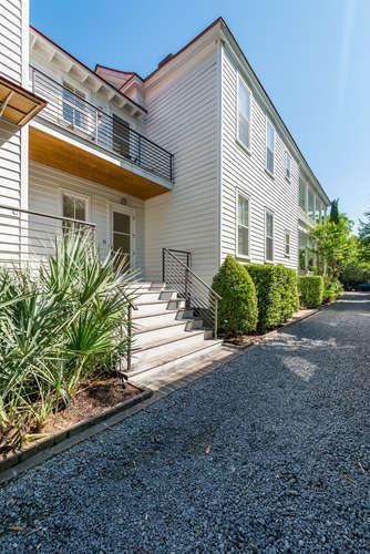 117 Ashley Avenue C, Charleston, SC 29401 (#19004535) :: The Cassina Group