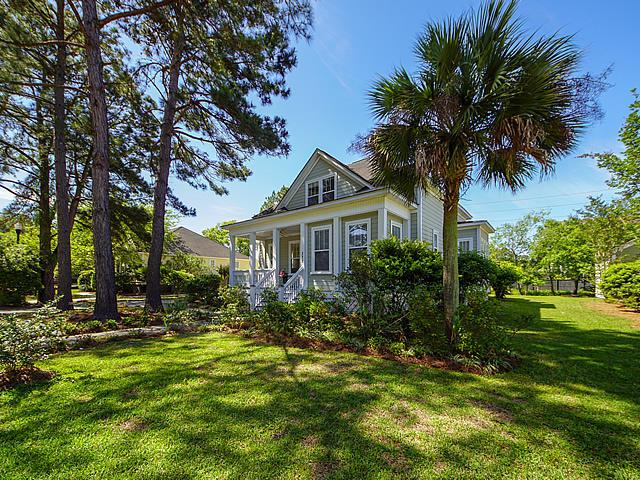 377 Shoals Drive, Mount Pleasant, SC 29464 (#19011462) :: The Cassina Group