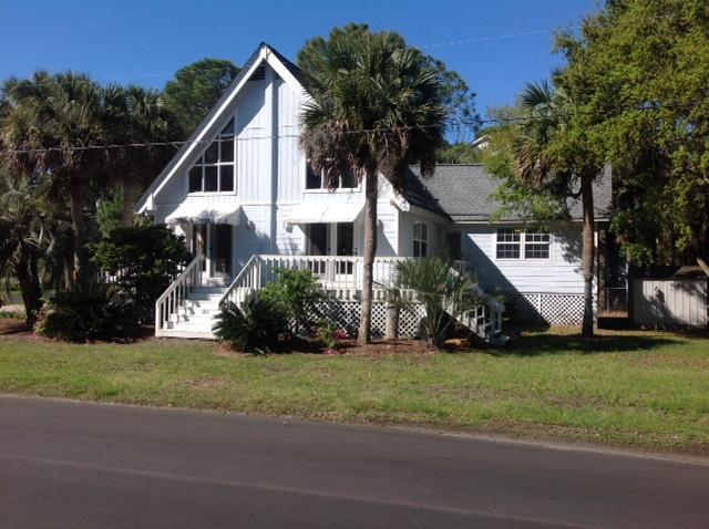 206 Sandbar Lane, Folly Beach, SC 29439 (#19013699) :: The Cassina Group