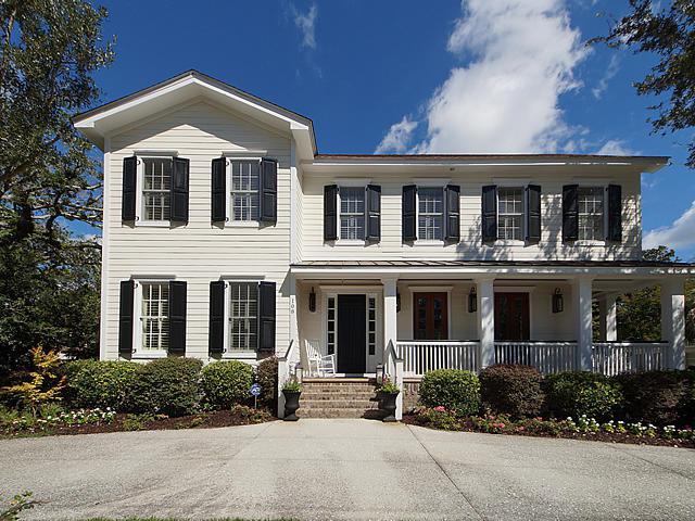 108 Live Oak Drive, Mount Pleasant, SC 29464 (#19014012) :: The Cassina Group