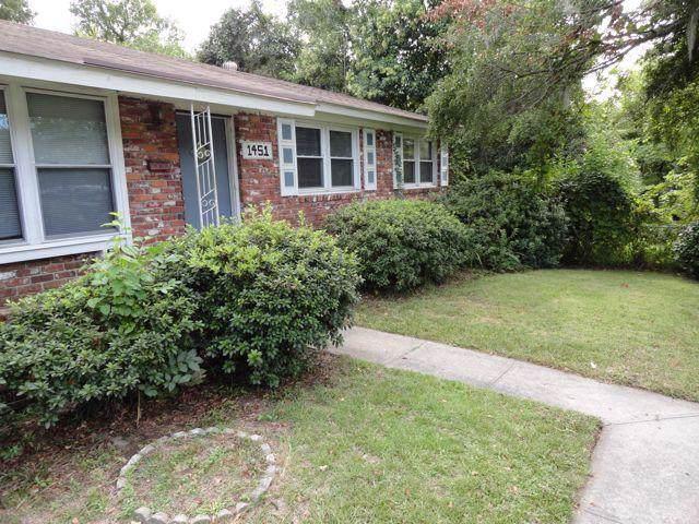 1451 Bexley Street, North Charleston, SC 29405 (#19023239) :: The Cassina Group