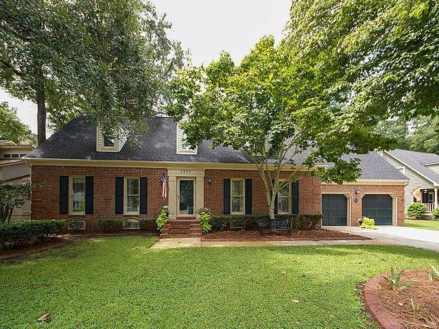 1423 Inland Creek Way, Mount Pleasant, SC 29464 (#19023978) :: The Cassina Group