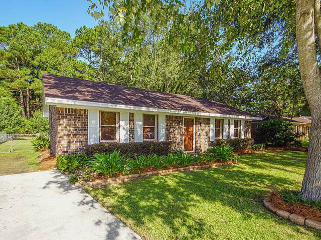 212 Ruth Anne Drive, Summerville, SC 29483 (#19024665) :: The Cassina Group