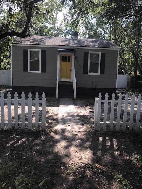 2723 Saratoga Drive, North Charleston, SC 29418 (#19027527) :: The Cassina Group