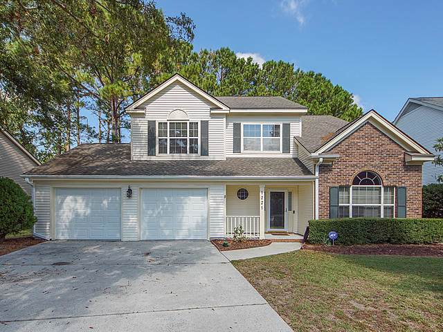 1221 Spoon Court, Mount Pleasant, SC 29466 (#19028037) :: The Cassina Group