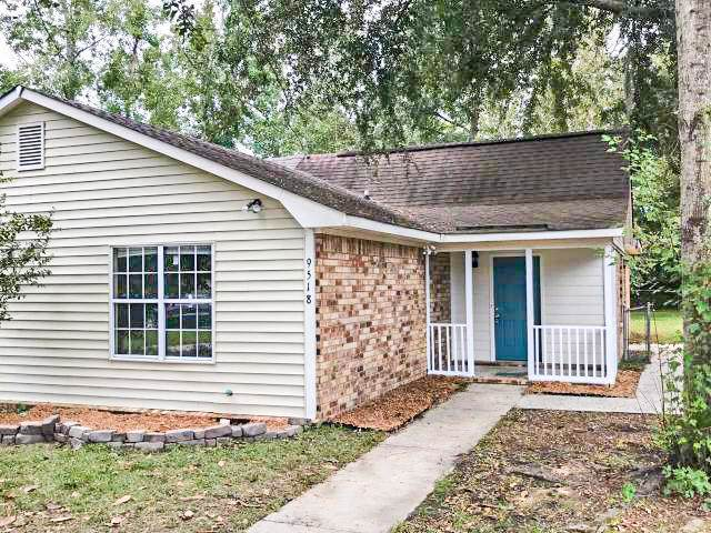 9518 S Cardinal Drive, Ladson, SC 29456 (#19028240) :: The Cassina Group