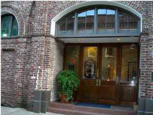 3 Queen Street #306, Charleston, SC 29401 (#19028905) :: The Cassina Group