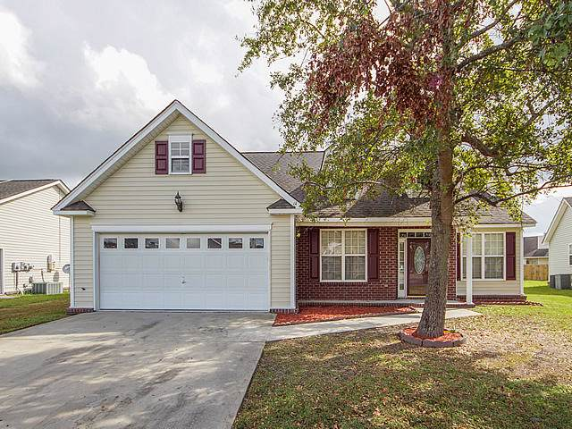 7896 High Maple Cle, North Charleston, SC 29418 (#19030615) :: The Cassina Group