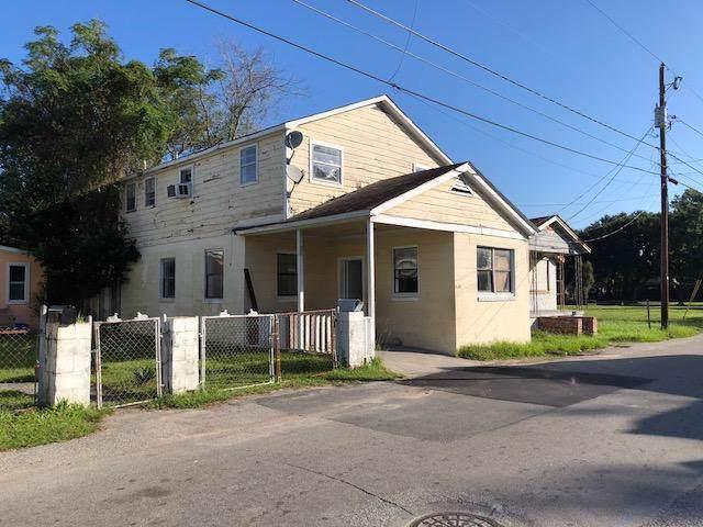 2028 Arbutus Avenue, North Charleston, SC 29405 (#19030903) :: The Cassina Group