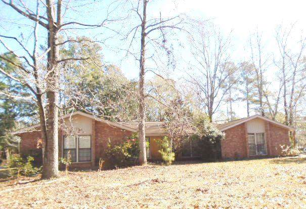 100 Axtell Circle, Summerville, SC 29485 (#20002587) :: The Cassina Group