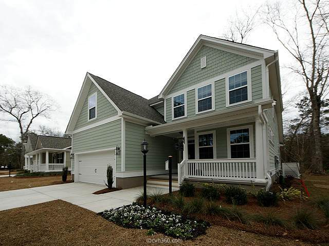 4 Windward Drive, Summerville, SC 29485 (#20005185) :: The Cassina Group