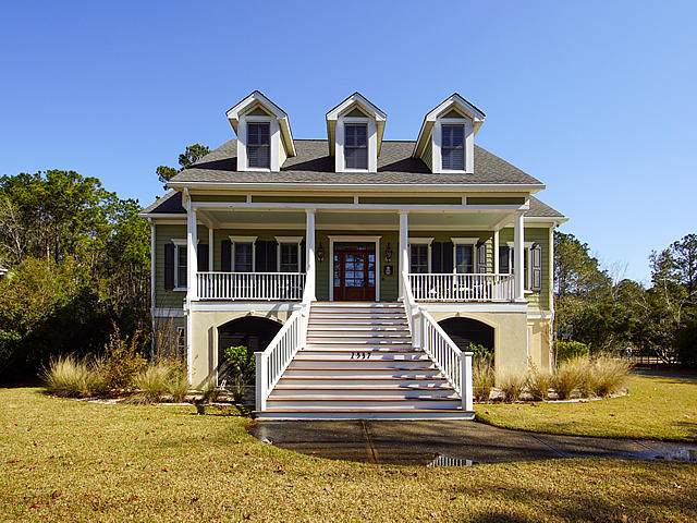 1537 Rivertowne Country Club Drive, Mount Pleasant, SC 29466 (#20006708) :: The Cassina Group