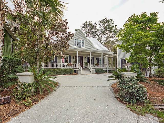 26 Hopetown Road, Mount Pleasant, SC 29464 (#20007909) :: The Cassina Group
