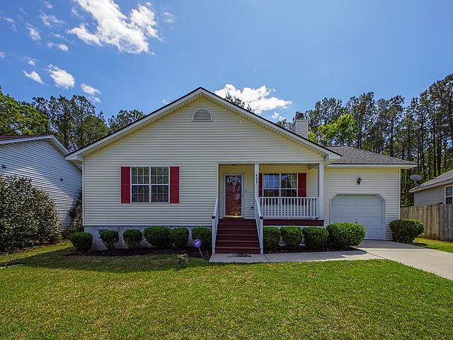 469 Courtland Drive, Summerville, SC 29486 (#20009237) :: Realty One Group Coastal