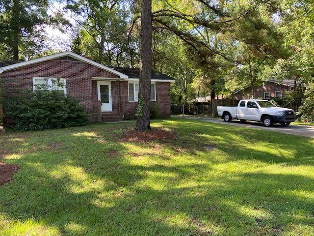 6962 S Kenwood Drive, North Charleston, SC 29406 (#20016219) :: The Cassina Group