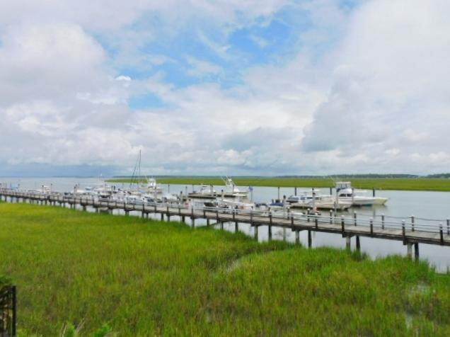 3701 Dock Site Road #113, Edisto Island, SC 29438 (#20019050) :: The Cassina Group