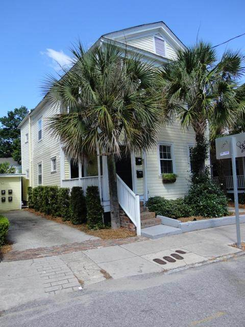 3 Kracke Street 1/2 A, Charleston, SC 29403 (#20022322) :: The Cassina Group